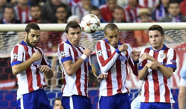 Mandzukic and Miranda linked with moves to Manchester
