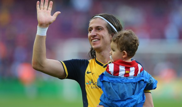Filipe celebrating the league victory with Atlético in 2014