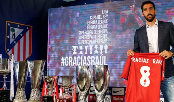 Raúl García says goodbye to Atlético (pic: clubatleticodemadrid.com)