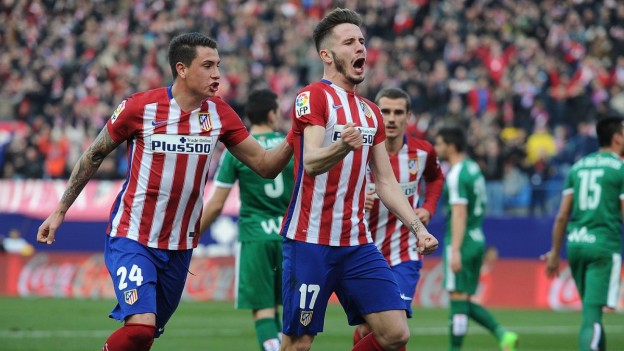 Saúl and Giménez celebrate against Eibar