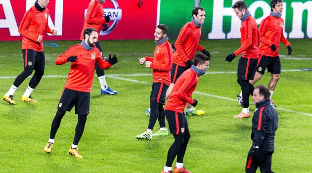Atlético take part in training at the Philips Stadion