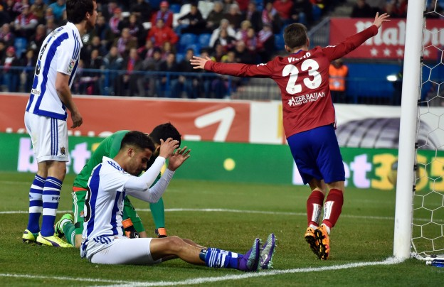 Vietto celebrates Diego Reyes' own goal