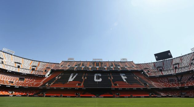 All eyes on Mestalla for lunchtime La Liga action